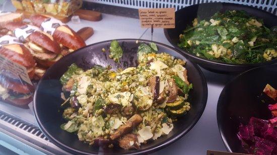 North Shore City, New Zealand: Salad yum