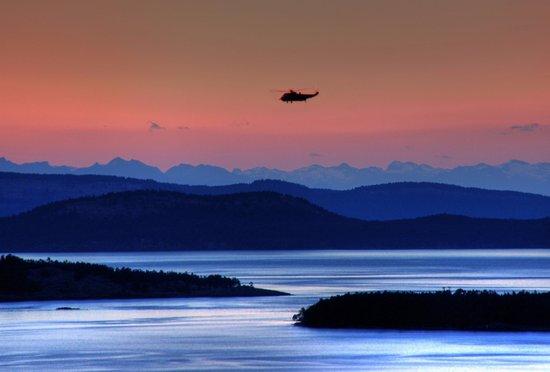 Saanich, แคนาดา: sunset at Mt Doug