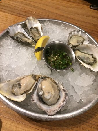 Hog Island Oyster Company : photo4.jpg