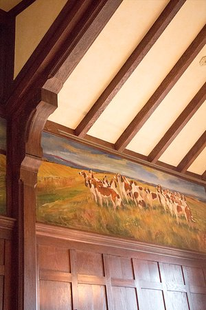 Huntly, VA: View of ceiling & wall, Hunt Room