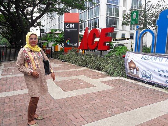Supermal Karawaci: Suasana yang nyaman, kulineran & shooping seru bersama Mama
