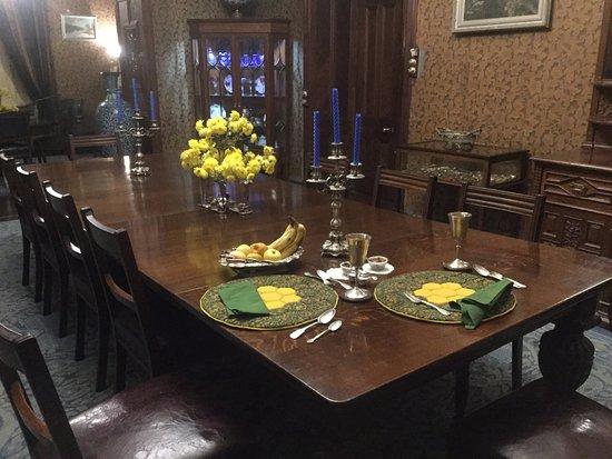 Chapslee: Breakfast table setting