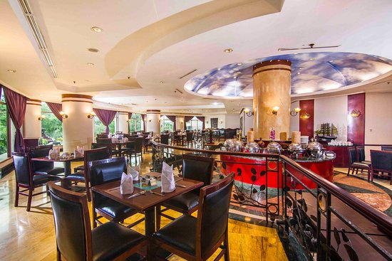 Hotel Grand Candi Semarang: Kafe Flamboyan