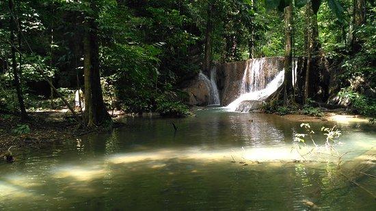 Kendari, Indonesia: Air Terjun Moramo