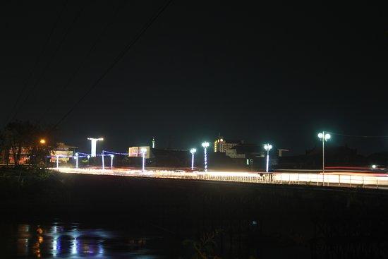 Jembatan Lama Kota Kediri