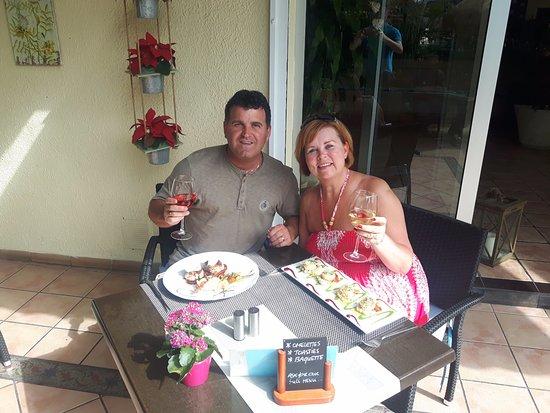 Cafe jardin flor del drago puerto de santiago for Ambiance cuisine nice
