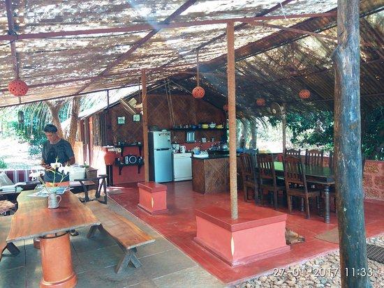 Pomburpa, India: The Breakfast Shack with Savio