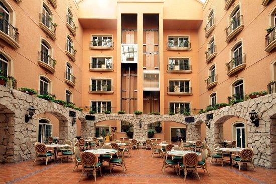 Holiday Inn Express Guanajuato: Elevator Lobby