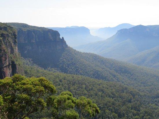 Blackheath, Australien: Blue Haze over the Valley