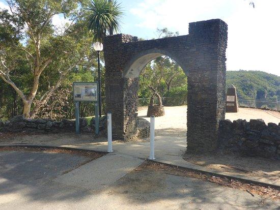 Govetts Leap: 1930's Entrance Gate