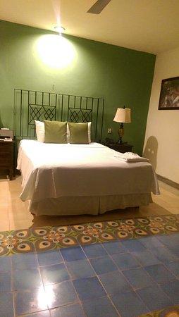 Koox Art 57 Boutique Hotel: Zimmer sind etwas dunkel