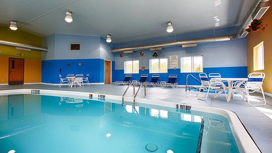 West Coxsackie, NY: Indoor Pool