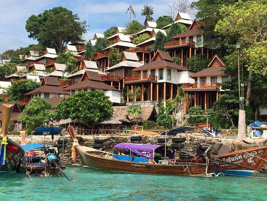 Overview picture of phi phi the beach resort ko phi phi for Hotels ko phi phi