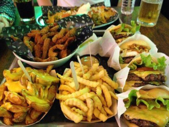 The good burger puerto de sagunto fotos y restaurante opiniones tripadvisor - Restaurante el puerto benidorm ...