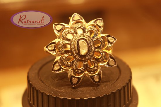 Ratnavali Jewelry