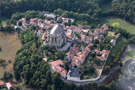 Saint-Bertrand-de-Comminges, Francia: St B de Comminges pepite des Pyrénées