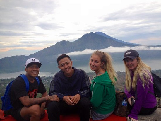 Bangli, Indonesia: Our customers at Batur mount