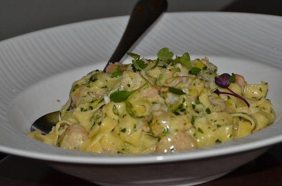 Lecanto, Floryda: Shrimp with home-made pasta.