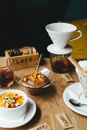 Loft Coffee & Food Bar (LOFT DOWNTOWN): Coffee and sweet delights
