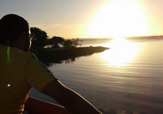 State of Rio Grande do Sul: Orla do Guaíba.. corra ou faça uma caminhada ...mas pare um minuto e observe também !!!