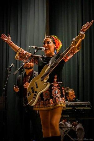 Saint-Remy-de-Provence, Prancis: Fatna Chaïbi ....du  jazz au funk ...et Soul world