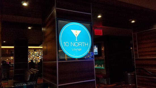 10 North Lounge