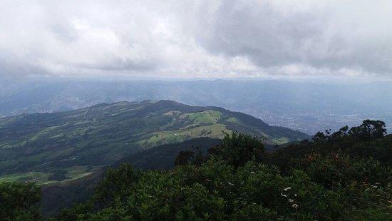 Bello, โคลอมเบีย: Panorámica desde la serranía