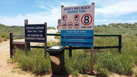 Eighty Mile Beach - Arboleda De Manzanitas