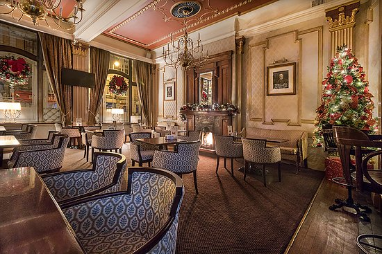 Wynn's Hotel: Saints & Scholars lounge