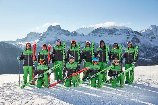 Ski and Snowboardschool Dolomites Rèba