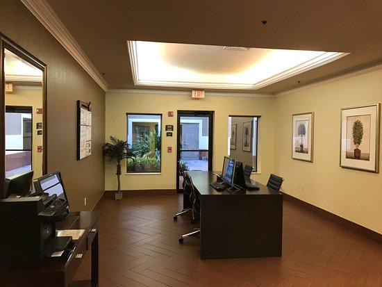 Staybridge Suites Orlando Airport South: photo6.jpg