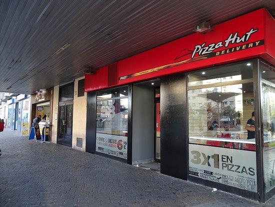 Pizza hut torrej n de ardoz fotos n mero de tel fono y - Restaurante pizza hut ...