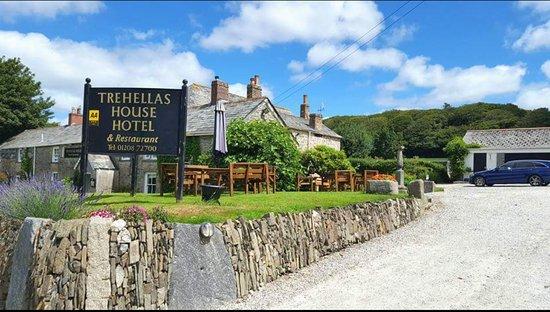Trehellas House