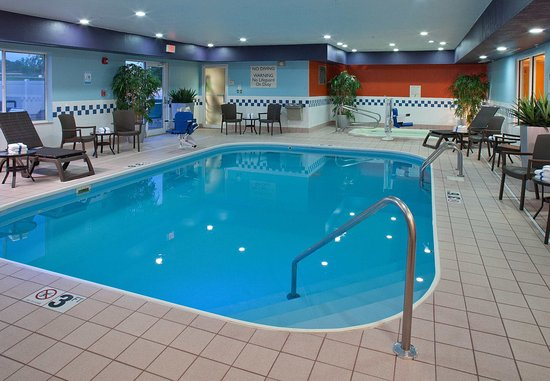New Paris, OH : Indoor Pool