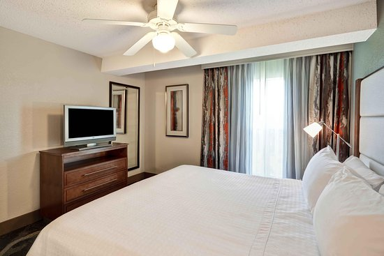Homewood Suites by Hilton San Antonio Northwest: King Bedroom