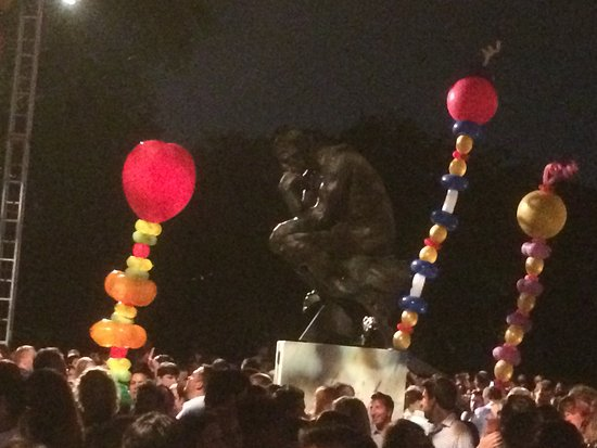 Cleveland Museum of Art: Summer Solstice 2015, statue of the Thinker by Rodin