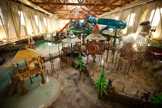 Great Wolf Lodge : Bear Track Landing 100,000 sq. foot Waterpark