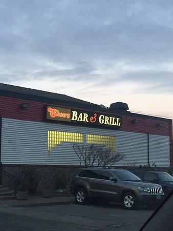 Cheers Bar & Grill: photo0.jpg