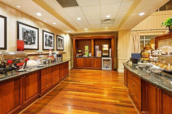 Clinton, SC: Breakfast Area