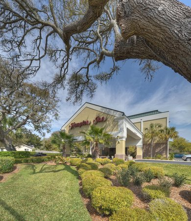 Hampton Inn Amelia Island at Fernandina Beach: Exterior