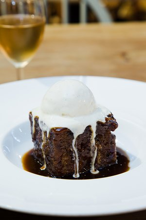 Kirtlington, UK: Sticky Toffee Pud!