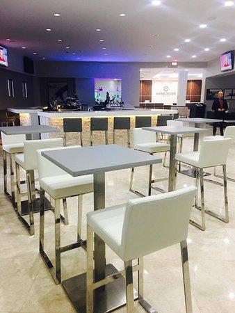 Oxon Hill, MD: Portum Bar