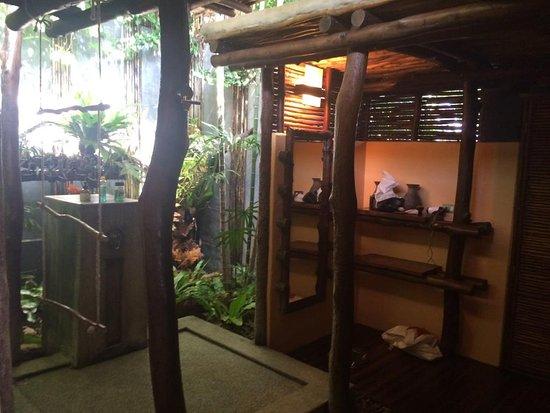 salle de bain ouverte sur l'extérieur pool villa 1 - picture of ... - Salle De Bain Ouverte