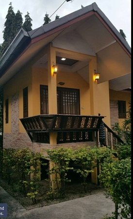 Terrific service, terrific size room, terrific experience living in a traditional Thai Bungalow