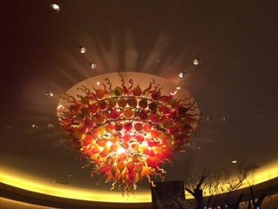Hilton Americas - Houston: Hotel lobby