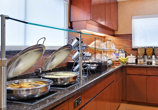 Residence Inn Fort Myers: Breakfast Buffet