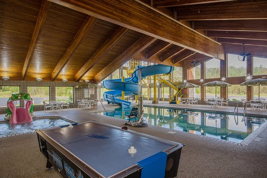 Silver Bay, MN: Pool