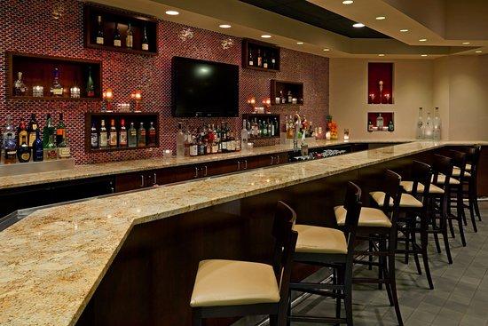 Fairfield, NJ: Lobby Bar