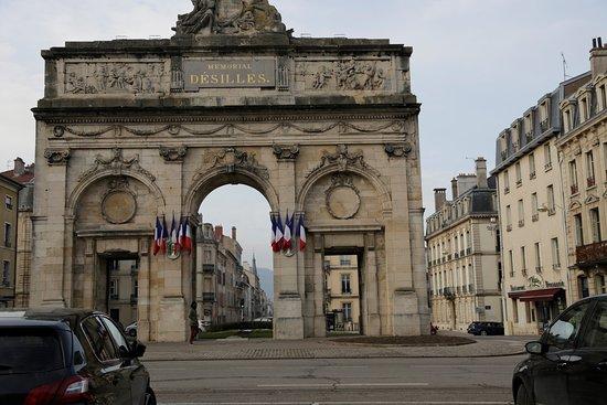 Porte d silles nancy frankrike omd men tripadvisor for Porte 12 tripadvisor