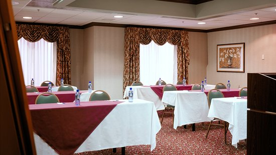 Holiday Inn Express Middletown / Newport: Meeting Room